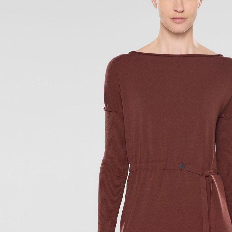 Sarah Pacini Langer sweater mit weichem gürtel