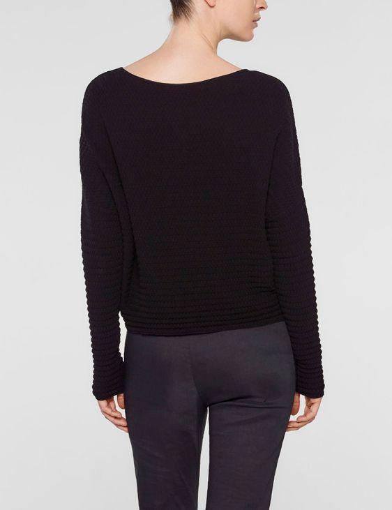 Sarah Pacini Kurzer, locker geschnittener sweater