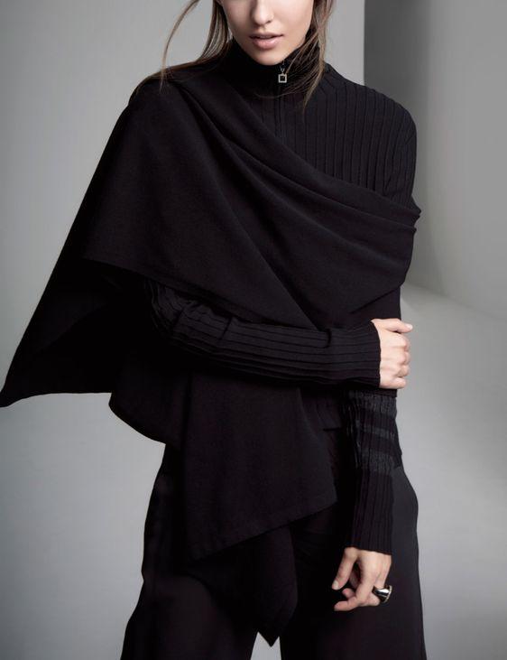Sarah Pacini Unverzichtbares Tuch