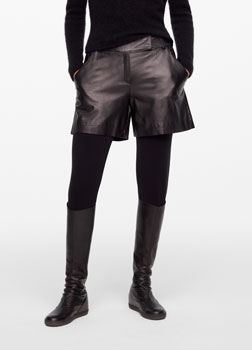 Sarah Pacini LEATHER SHORTS Front