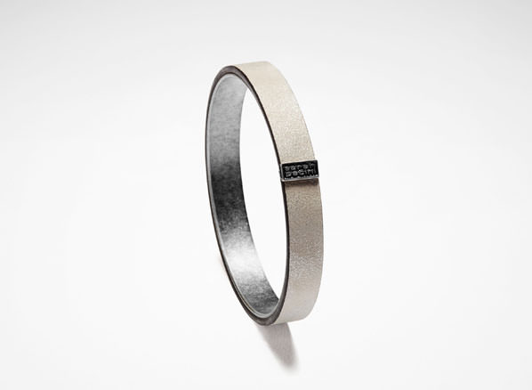 Sarah Pacini LEATHER BANGLE Front