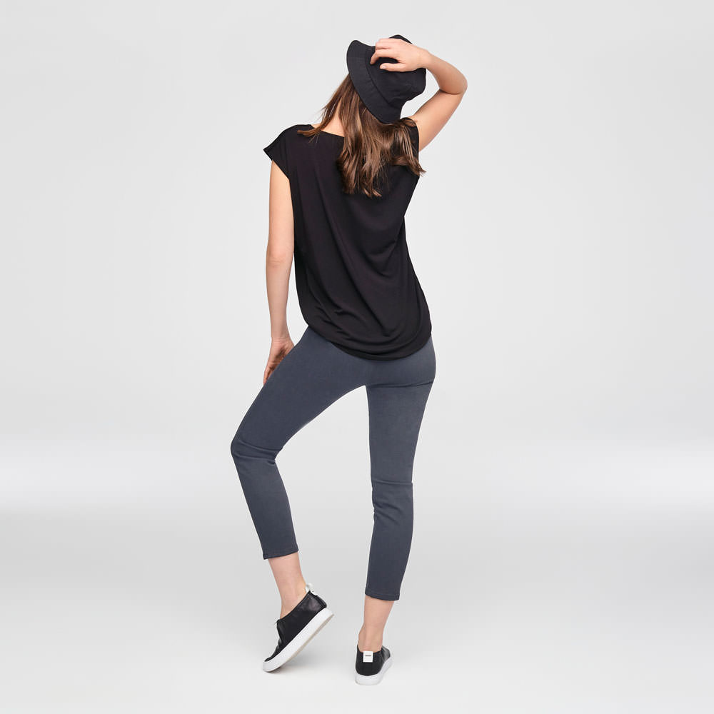 Sarah Pacini STRETCH COTTON CROPPED LEGGINGS Back view