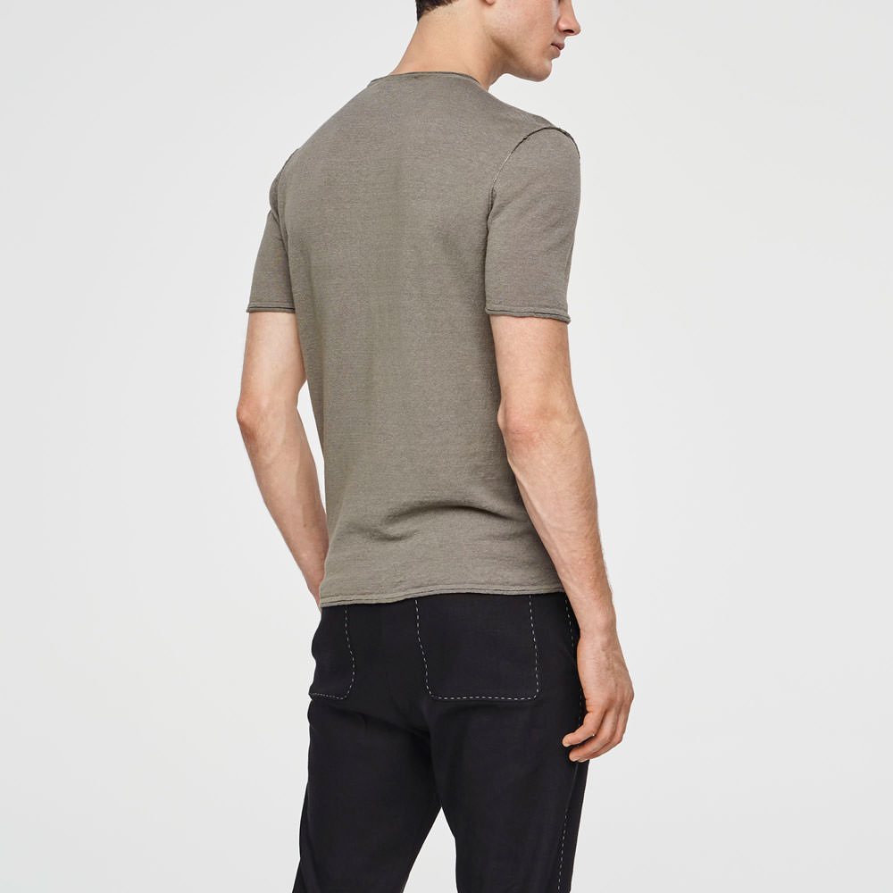 Sarah Pacini LINEN SWEATER - SHORT SLEEVES Back view