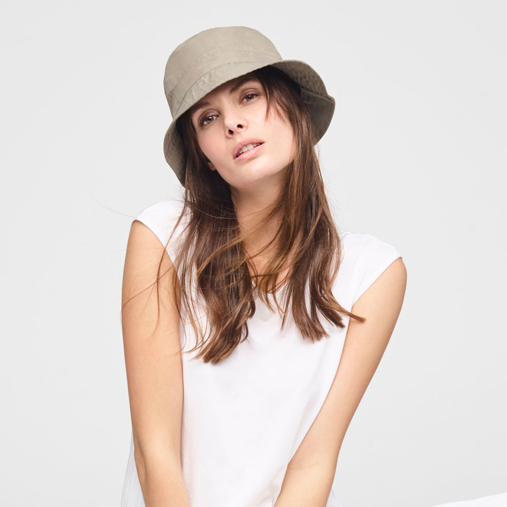 Sarah Pacini STRETCH - LINEN BUCKET HAT Front