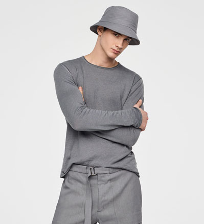 Sarah Pacini STRETCH-LINEN BUCKET HAT Front