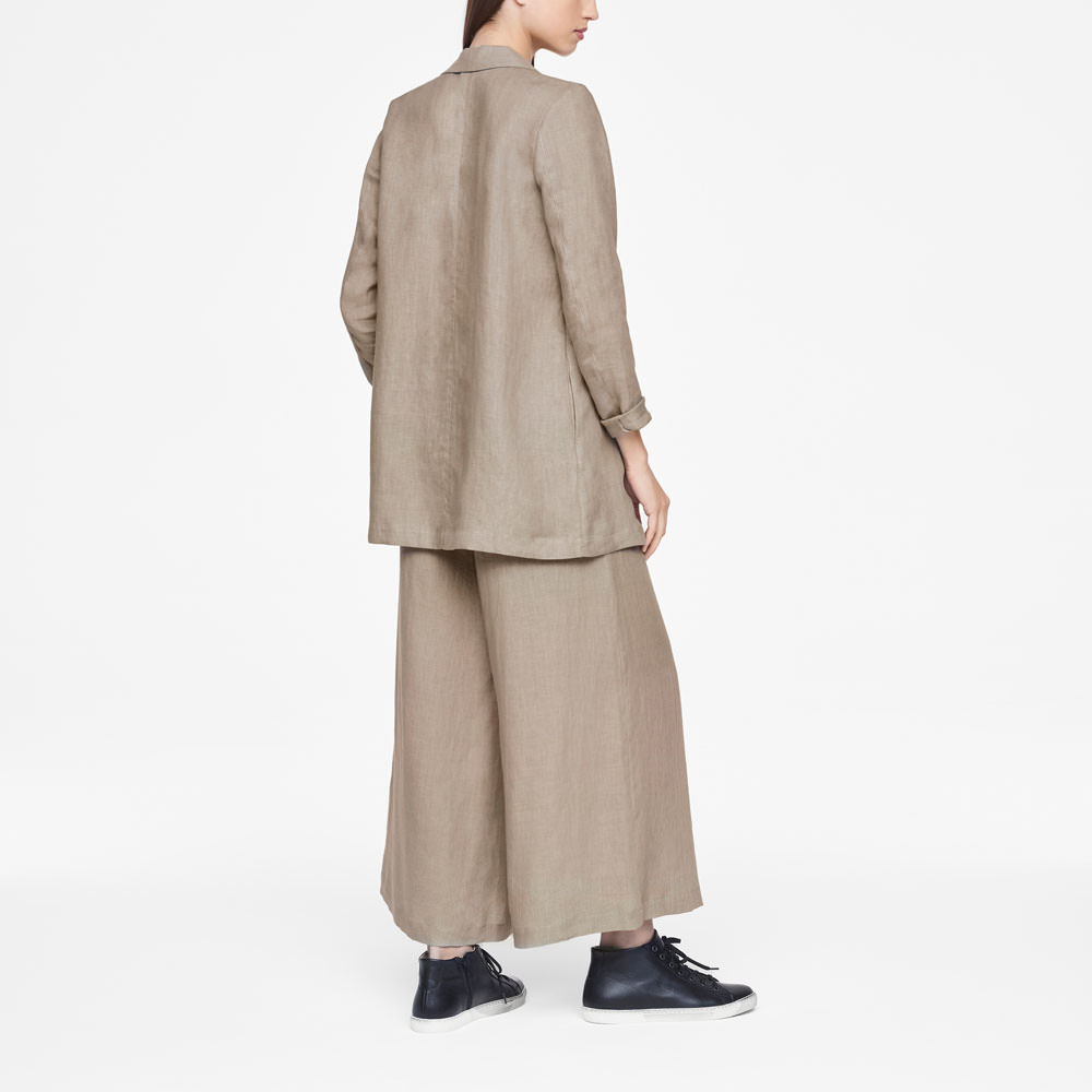 Sarah Pacini LIGHT LINEN JACKET Back view
