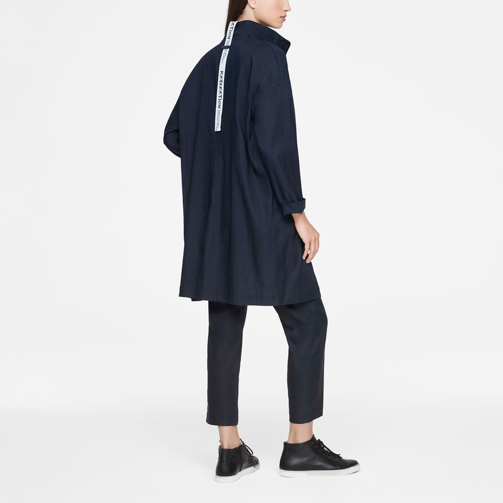 Sarah Pacini STRETCH LINEN COAT Back view