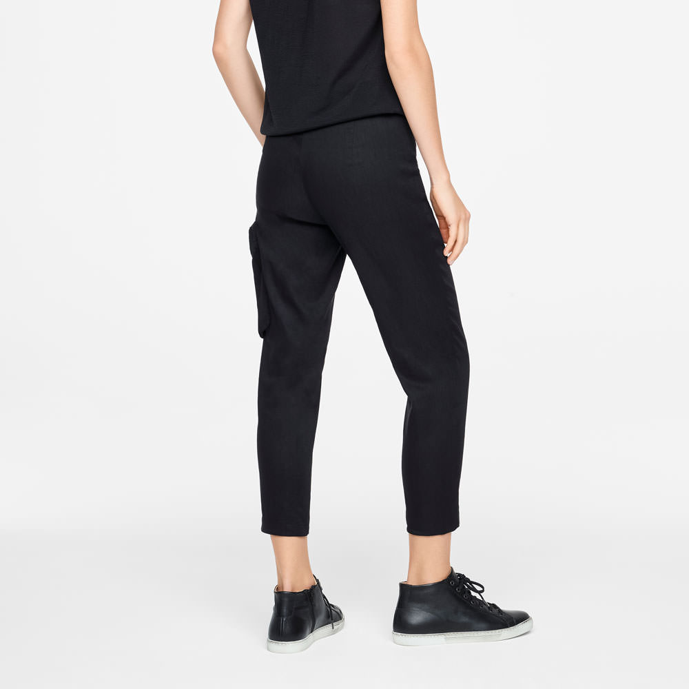 Sarah Pacini STRETCH LINEN PANTS Back view
