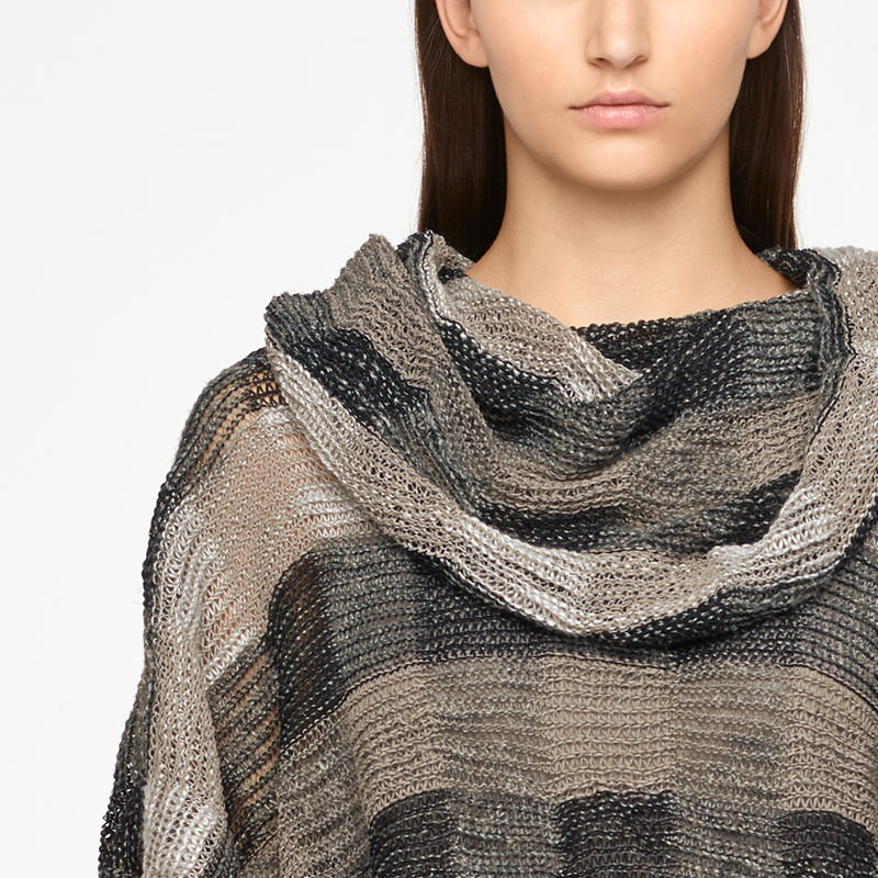 Sarah Pacini LINEN PONCHO - CHECKERED Front