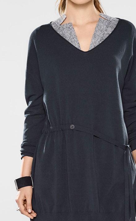 Sarah Pacini Pull long à col en v, ceinture souple Look