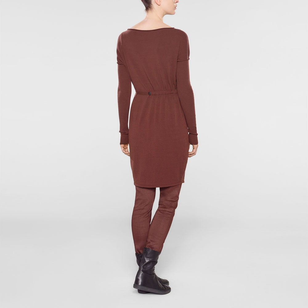 Sarah Pacini Long sweater with soft belt Back view