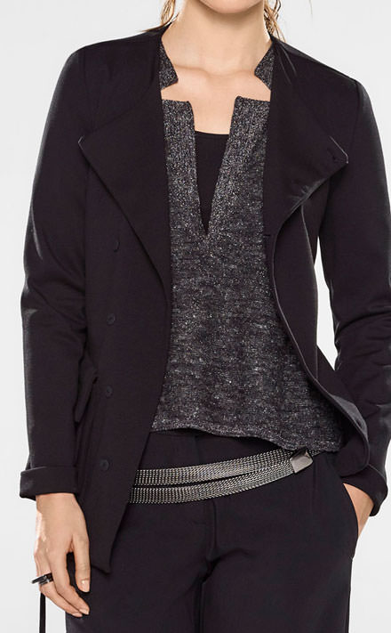 Sarah Pacini Long fitted assymetrical style jacket Look