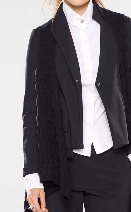 Sarah Pacini Short jacket, asymmetrical collar Look