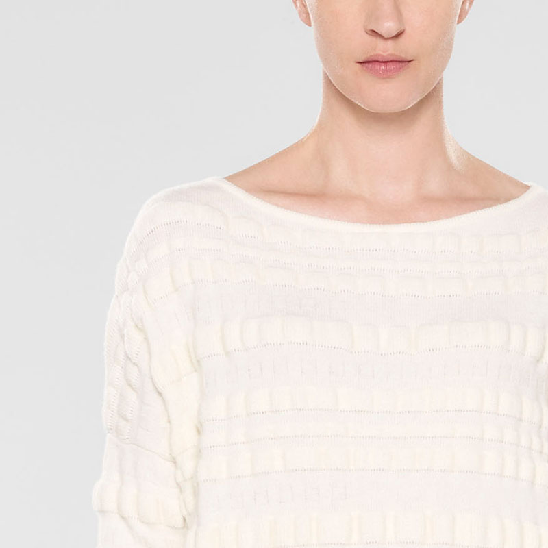 Sarah Pacini Pull long ample De face