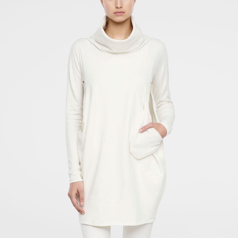 7e56f3adc19437 Gebroken witte trui met lange mouwen en zijsplitten - Sarah Pacini