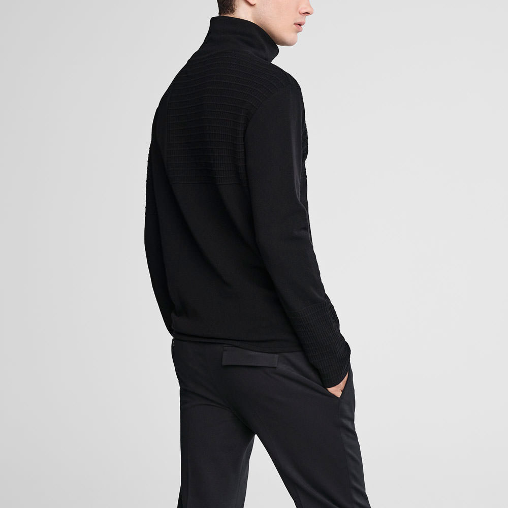 Sarah Pacini Mock neck sweater - webbed pattern Back view