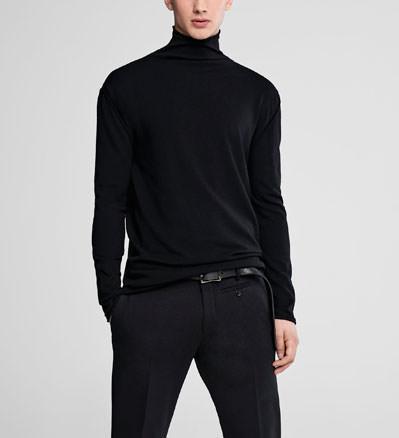 Sarah Pacini Mock neck sweater Front