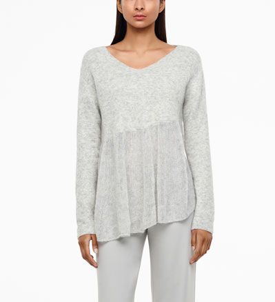 Sarah Pacini CHINÉ-SWEATER - TRANSPARENTER SAUM Vorne