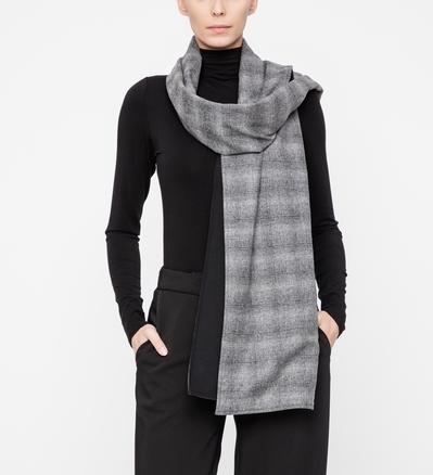 Sarah Pacini Prince of Wales scarf Front